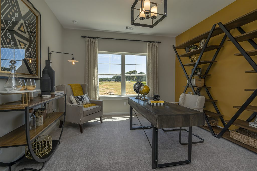 Flex Space in an Owner on Main Layout in Powder Springs