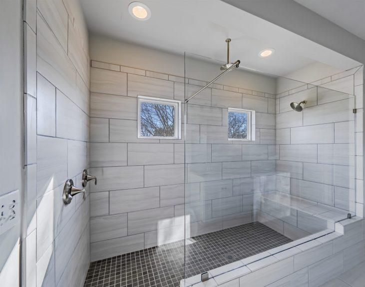a master bathroom in magnoila court