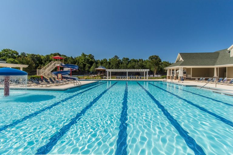 the pool is among the amenities at Traditions of Braselton